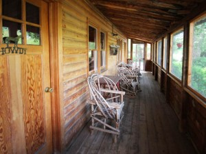 Bar Lazy J Cabin Porch